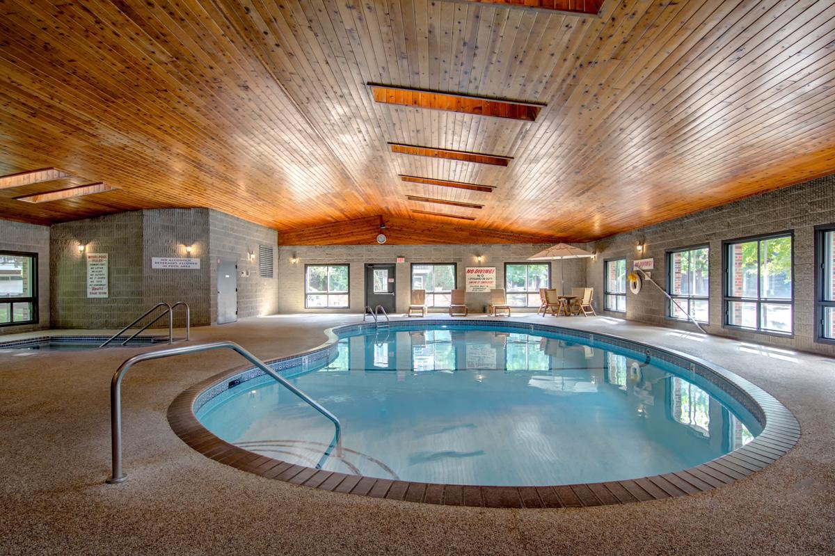 Carriage Oaks indoor Pool